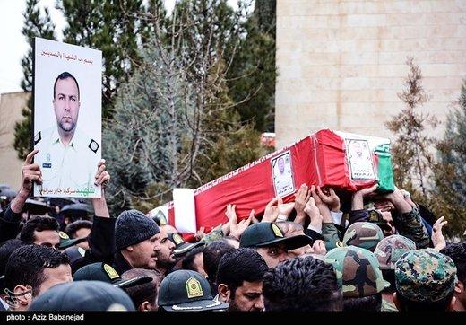 نیروهای نظامی با عزمی راسختر آماده جانفشانی برای ایران اسلامی هستند