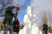 تصاویر | ساخت مجسمههای برفی در ائل گلی تبریز