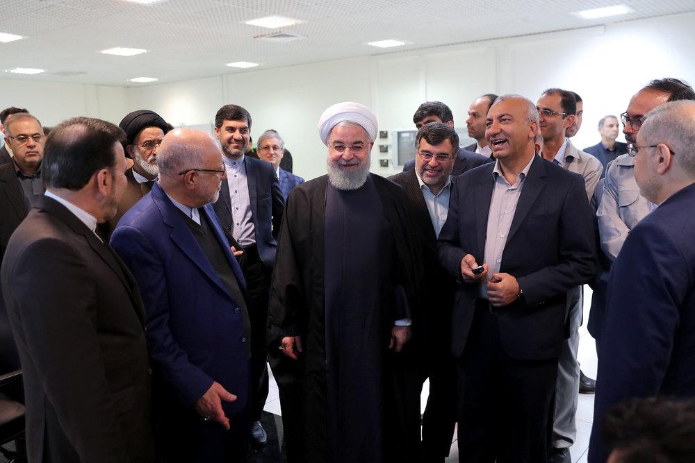 تصاویر | افتتاح پروژه کیفیت بنزین و نفت گاز با حضور روحانی