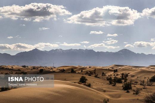 منطقه کویری «جندق» در نزدیکی روستای امیرآباد