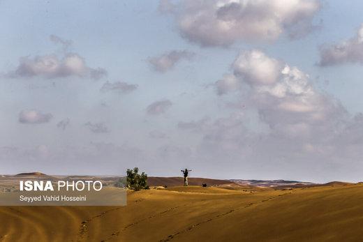 منطقه کویری «جندق» در نزدیکی روستای فرحزاد