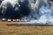 فیلم | صدها خودرو به دلیل گرما در هند آتش گرفتند!