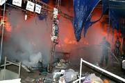 یک نمایشگاه کالای بهاره دچار آتش سوزی شد