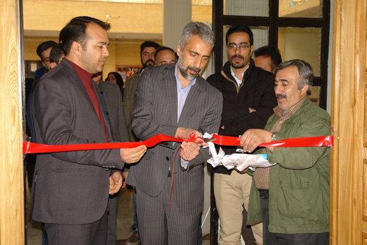 «اولین نمایشگاه تخصصی مد و لباس کودک استان» در شهرکرد گشایش یافت