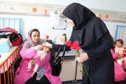 دلجویی مدیرکل استاندارد لرستان از مادران بستری در بیمارستان