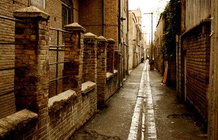 کوچ جمعیت از محله عولاجان/ انبار کالا جایگزین ساکنه محله قدیمی تهران