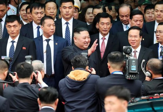 رهبر کرهشمالی وارد ویتنام شد/ واکنشها و بازتاب بینالمللی دیدار ترامپ و اون
