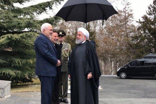 الرئیس روحاني یرفض استقالة ظریف