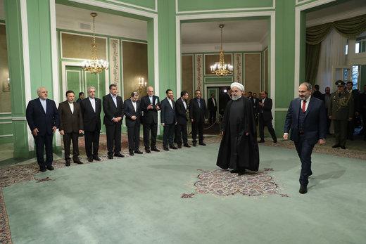 استقبال رسمی رئیس جمهور از نخست وزیر ارمنستان