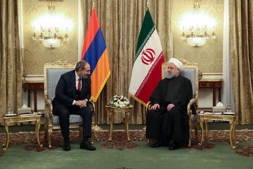 رئيس الجمهورية: إيران مستعدة لتصدير تكنولوجيا المعلومات والاتصالات إلي أرمينيا