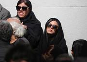 ماهور الوند در مراسم تشییع پیکر عمویش/ عکس