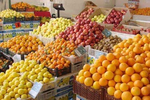 سود میوه شب عید در جیب دلالان/ ذخیره ۷۰ هزار تن سیب و پرتقال برای شب عید