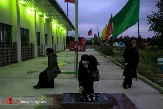 کاروان راهیان نور دانشجویان خارجی در مناطق عملیاتی جنوب