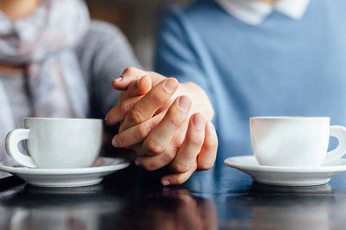 چگونه با همسرمان همدلی کنیم؟