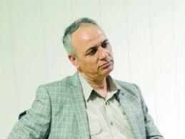 انتقاد احمد زیدآبادی از توقیف فیلم «ما همه با هم هستیم» در کرمان