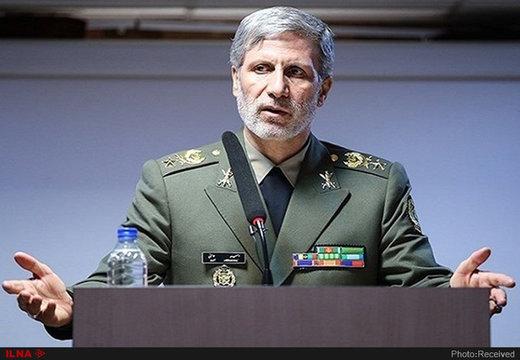 وزیر الدفاع: سنرد بقوة علی أی تهدید ضد الملاحة البحریة الایرانیة
