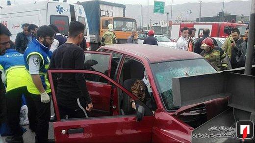 تصادف پراید با تانکر در جاده خاوران