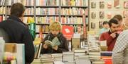 وقتی کتابفروشیهای نیویورک ناپدید میشوند/  بازگشت به وضعیت قبل از ظهور سواد جمعی!
