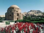 کرمان، شهری که دیدن دارد و سوغاتیهای جذاب!