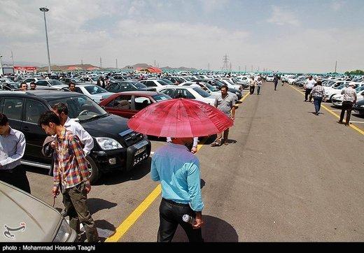 نرخ خودرو ۲۰ اسفند هم در سراشیب بود/ ۲۰۶ حدود یک میلیون افتاد