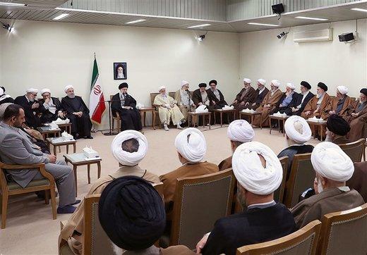 قائد الثورة الاسلامیة یؤكد علي التعبئة القصوي لكافة الطاقات فی مواجهة اعداء البلاد