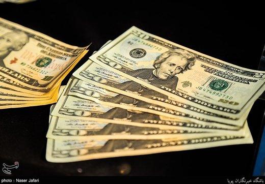 اعلام قیمت دلار در آخرین شنبه سال