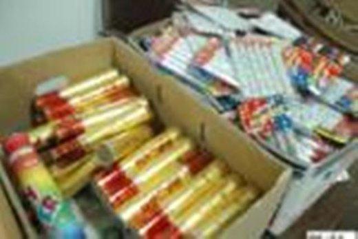 با فروشندگان مواد محترقه غیرقانونی و غیراستاندارد به شدت برخورد میکنیم
