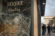 فیلم | حمله جلیقه زردها به مغازههای شانزلیزه