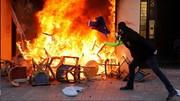 شانزهلیزه در آتش/ جلیقه زردها کنترل مرکز پاریس را به دست گرفتند