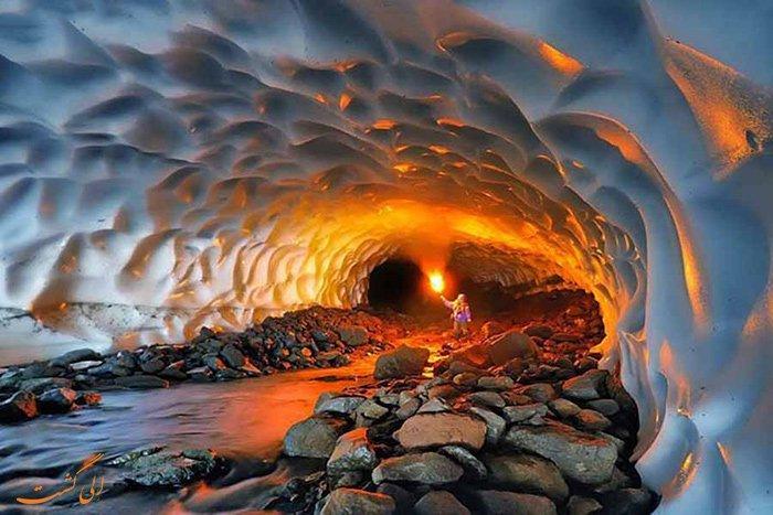 غاریخی چما در فاصله 25 کیلومتری چلگرد در نزدیکی روستای شیخعلیخان قرار دارد.