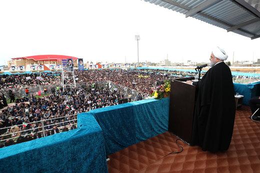 روحانی: دولت در سختیها، کنار حقوقبگیران و قشرآسیبپذیر خواهدماند