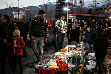 فیلم   حال و هوای بازار در روزهای پایانی سال و خرید شب عید