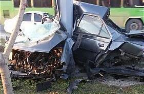 تصاویر   تصادف شدید ۲۰۶ و ۴۰۵ در جاده مخصوص کرج