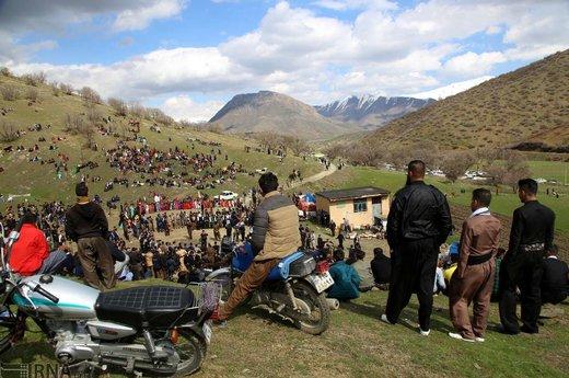 نوروز و استقبال از بهار در روستای گویزه کوره