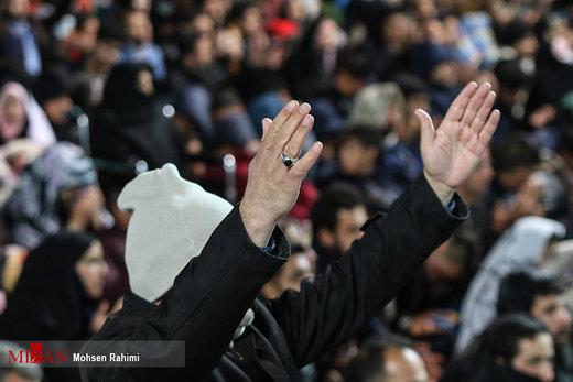 شب سال نو در حرم امام رضا (ع)