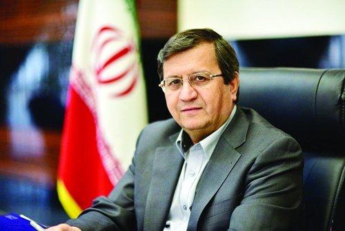 همتی: با پیام نوروزی رهبر انقلاب، مسئولیت نظام بانکی مضاعف شد