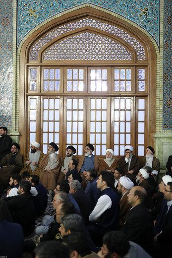 حضور و سخنرانی رهبر انقلاب در اجتماع زائران و مجاوران حرم مطهر رضوی