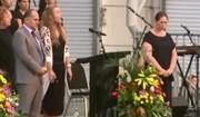 فیلم | از مراسم ویژه کلیسا تا پخش اذان از تلویزیون نیوزیلند برای همدردی با مسلمانان
