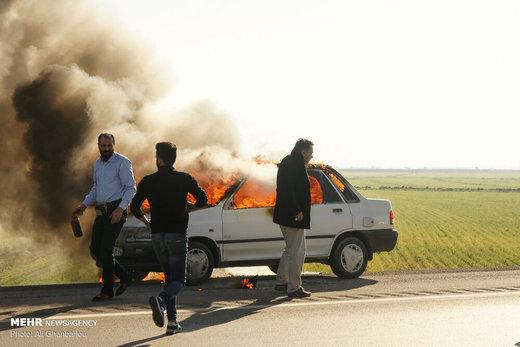 آتش سوزی یک دستگاه پراید در اتوبان قزوین-زنجان