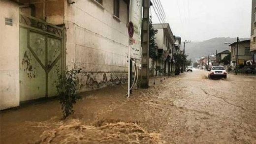 اعطای کمک های مالی بلاعوضبه سیلزدگان گلستان