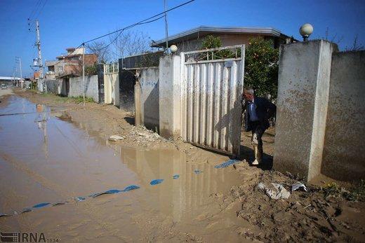 ادامه امدادرسانی به روستاهای سیل زده مازندران
