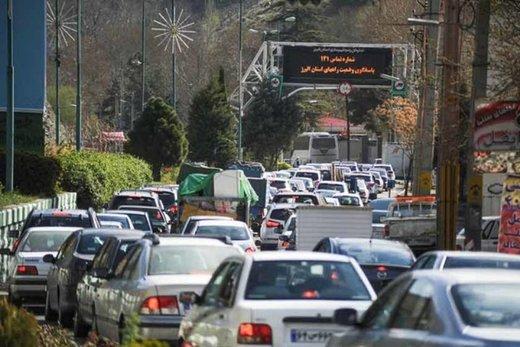 ترافیک در جاده کرج-چالوس همچنان سنگین است