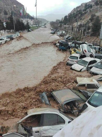 قربانیان سیل شیراز به ۱۷ نفر رسیدند