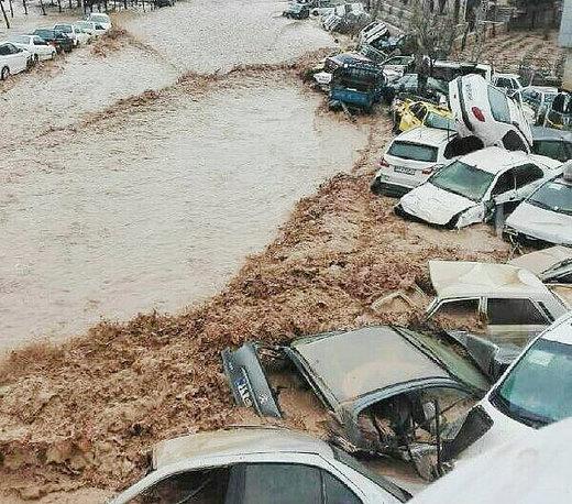 نظر شما درباره این عکس چیست؟/ سیل شهرهای ایران را در نوردید