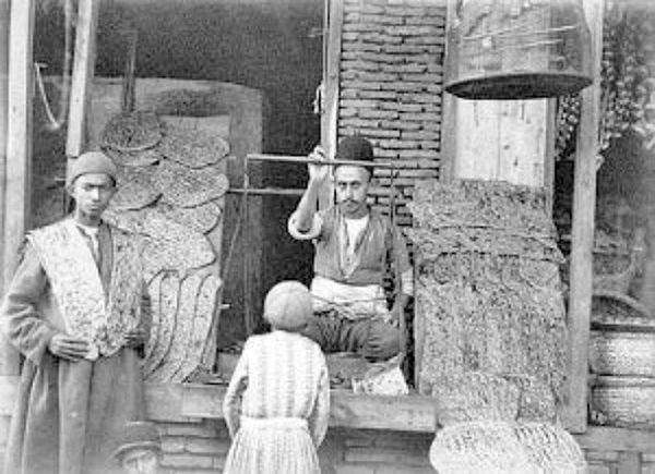 یک نانوایی در ایران قدیم