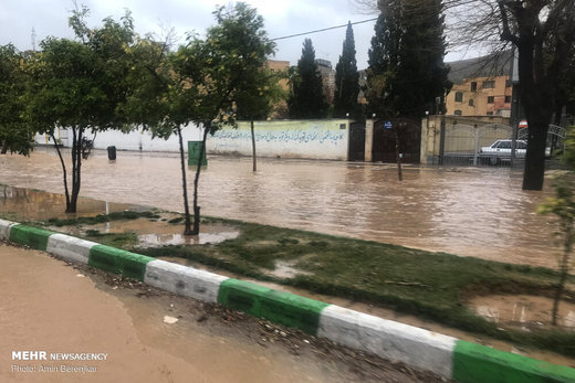 وقوع سیلاب در شیراز