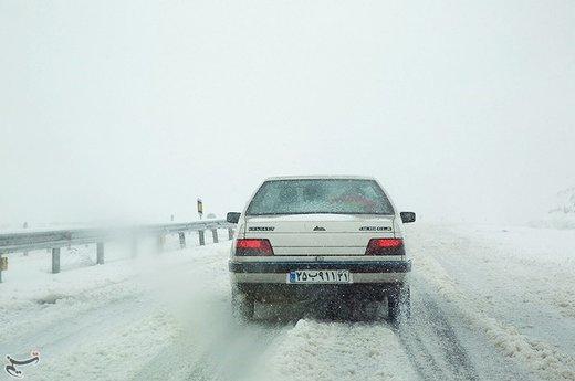 بارش برف در جاده ازنا - درود - خرم آباد