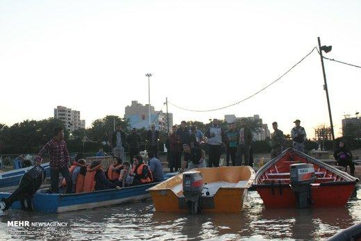 بیتوجهی شهروندان و مسافران نوروزی به خطر سیلاب در اهواز