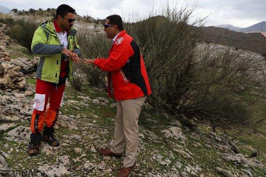 نجات 14 کوهنورد گرفتار در آبشار شوی دزفول
