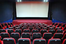 سینماها در روز ۱۲ فروردین تعطیل هستند
